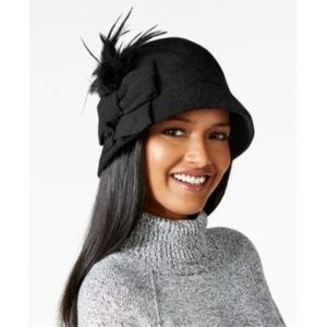 NWT August Hats Melton Bow and Feather Cloche